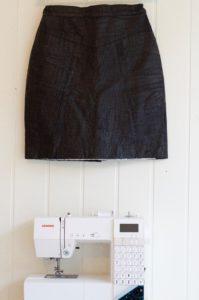 Skinnskjørt og Janome Decor Computer 6030